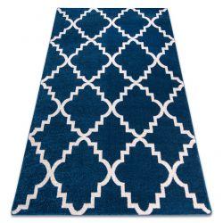 Koberec SKETCH - F343, Marocký jetel, mříž trellis, modro-bílá